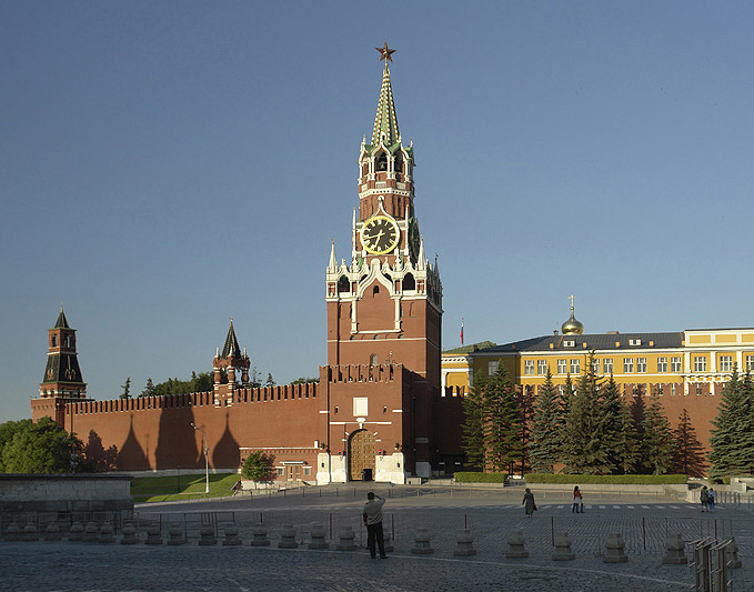 Скачать бесплатно картинку 176х220 (5631 Архитектура, Города, Кремль